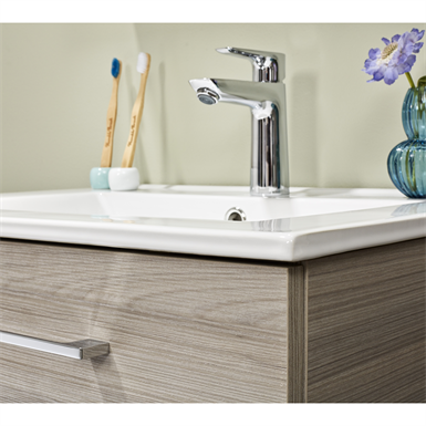 Bathroom furniture Isella showcase