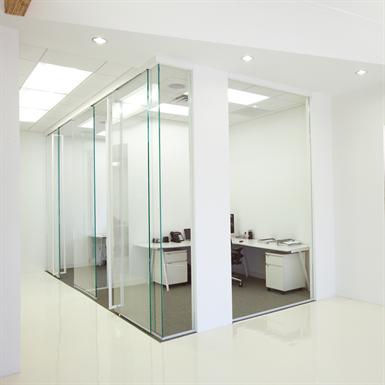 interior glass walls pure® series - enclosed pivot - rts closer_r14