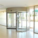 tourniket (usa) manual or automatic - revolving door