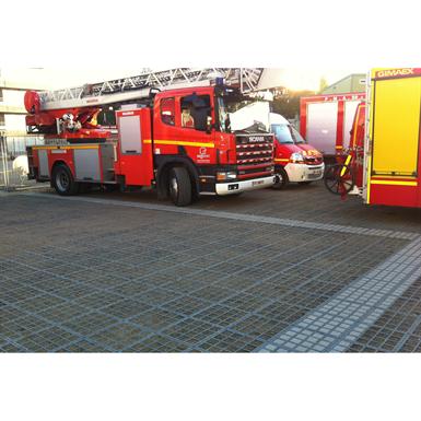 Firemen access on fertile foundation  - complete O2D system