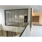 Cloison vitrée coupe-feu aluminium bord-à-bord