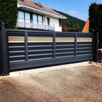 free-standing gate z