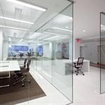 interior glass walls pure® series - enclosed pivot - bts closer_r14