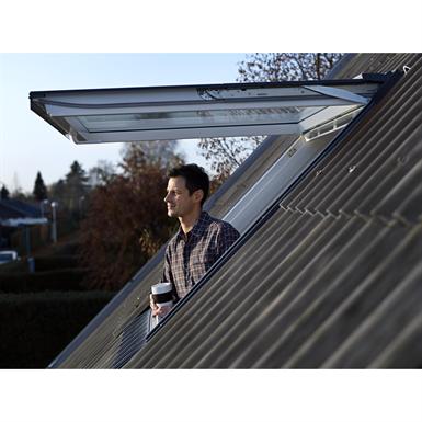 fen tre de toit projection finition bois massif gpl velux fr gratis bim objekt f r. Black Bedroom Furniture Sets. Home Design Ideas